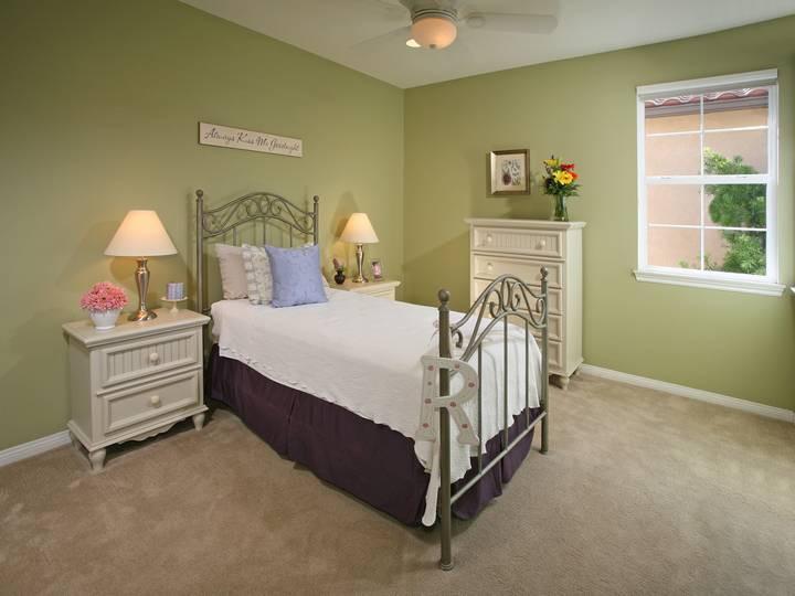 Bedroom 2-9.jpg