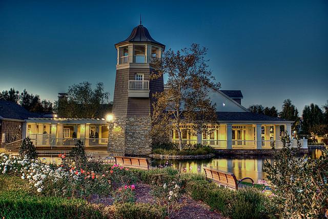 Island light house.jpg