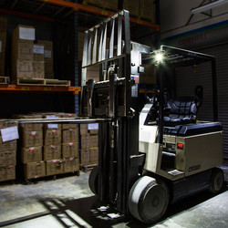 led-forklift-work-lights-auxiliary-warehouse