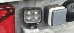 LED-werklampen-aanhanger-aansluiten-uitgelichte-werklamp