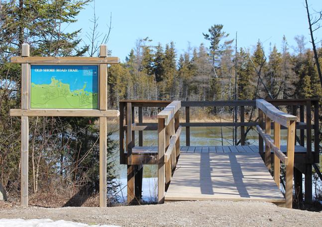 Seiche Pond Platform