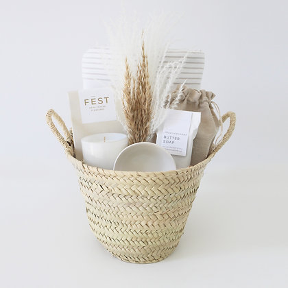 RELAXING MOMENTS GIFT BASKET