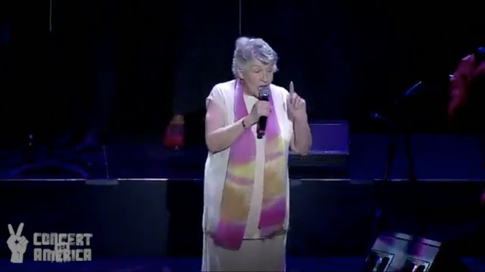 "Concert For America Los Angeles: Helen Reddy – ""I Am Woman"""