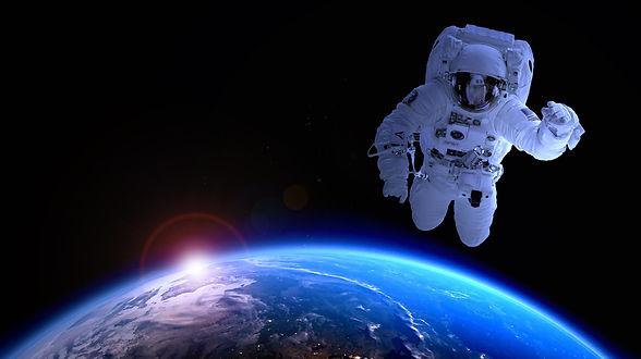 astronaut-1849401.jpg