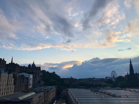 Letter from the Fringe, 2019: An evening stroll