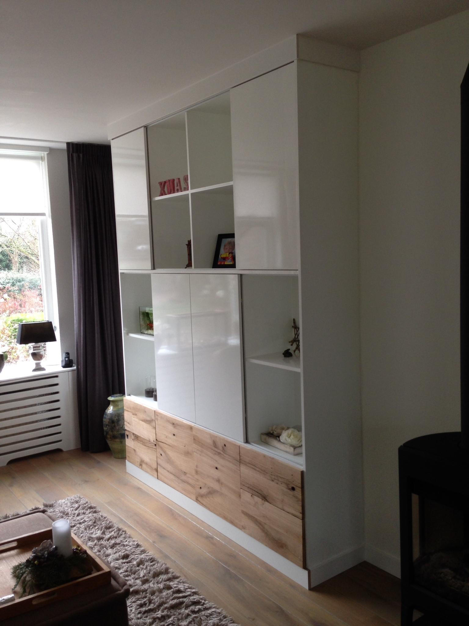 TV meubel tot aan plafond
