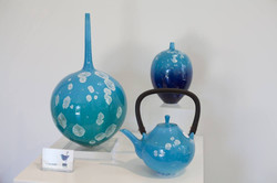 Ted blue pots