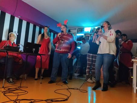 Mikulás karaoke