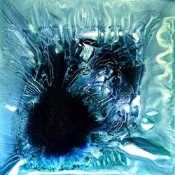 Hole in the ocean floor