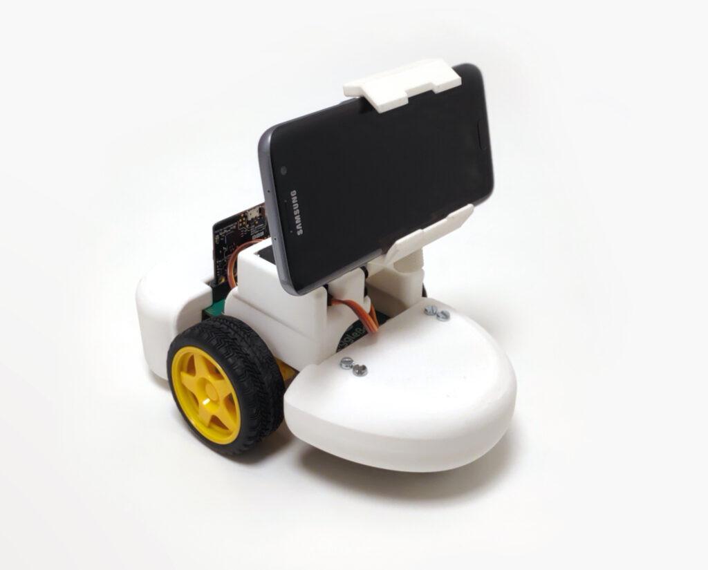 social-robot1-1024x825.jpg