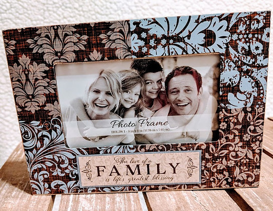 The love of a family wooden picture frame