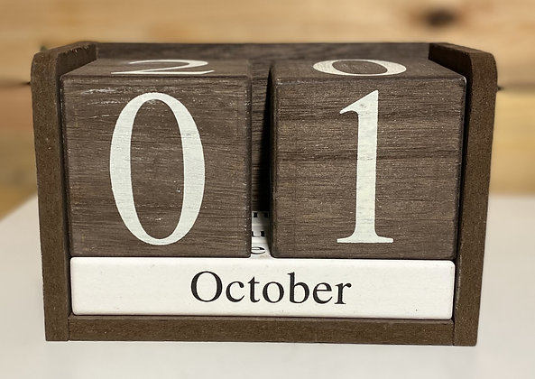 Brown Block Decorative Calendar