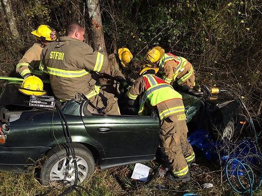 I-59 MOTOR VEHICLE CRASH REQUIRING EXTRICATION