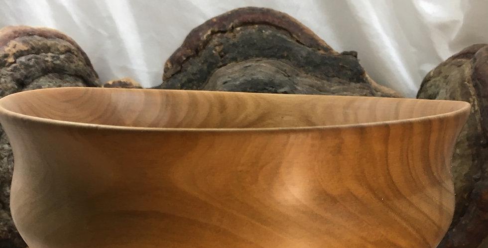 Saladier en bois de merisier ≈ ø20cm H≈9cm. Pièce unique
