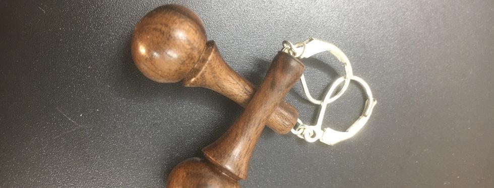 Boucles d'oreilles en bois de noyer ø13mm L30mm