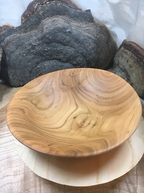 Coupelle en bois de merisier ø18cm H4cm. Pièce unique
