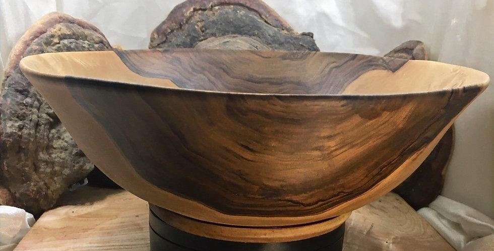 Saladier en bois de noyer ø≈28cm H≈9'5. Pièce unique