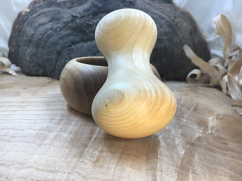 Mortier pilon en bois de frêne ø9cm H4cm
