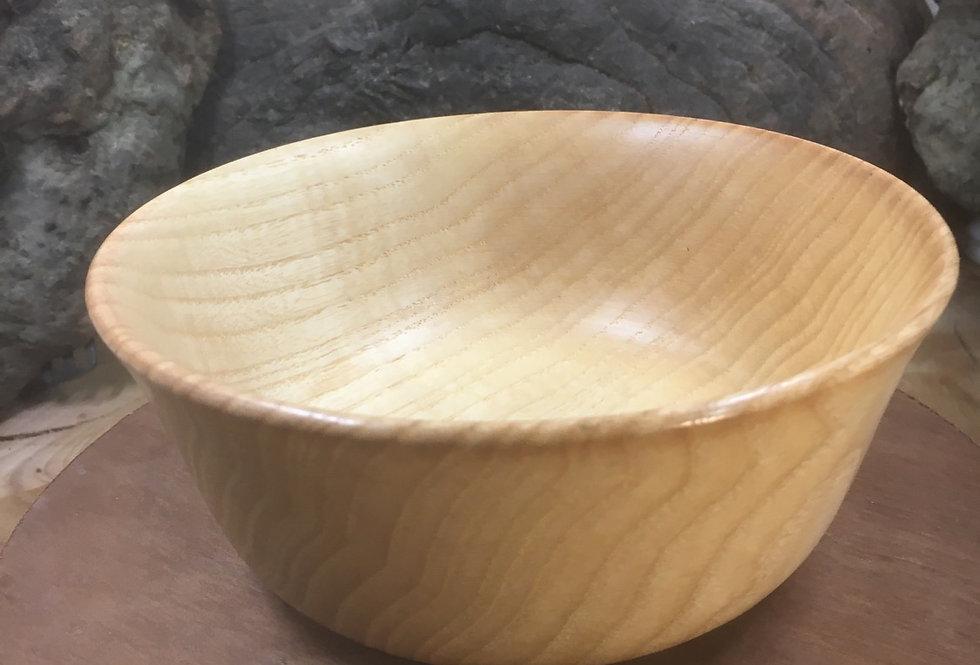 Bols en bois de frêne rebord évasée ø14cm H6cm.
