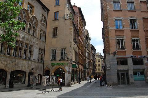 Streets_of_Lyon_(2531378286).jpg