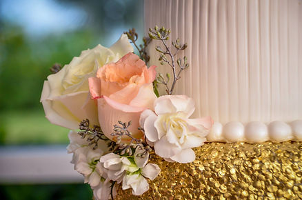 Reception Design - Cake Flowers.jpg