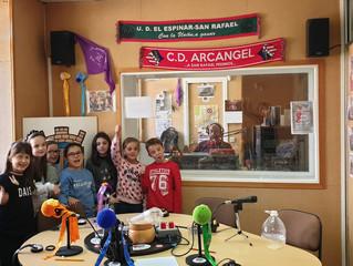 Los alumnos de 3ºB cuentan en Onda El Espinar su experiencia con el Mystery Skype.