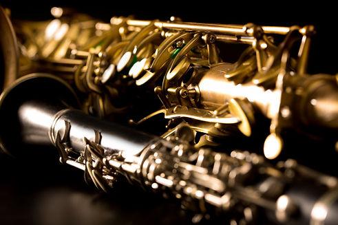 classic-music-sax-tenor-saxophone-clarin