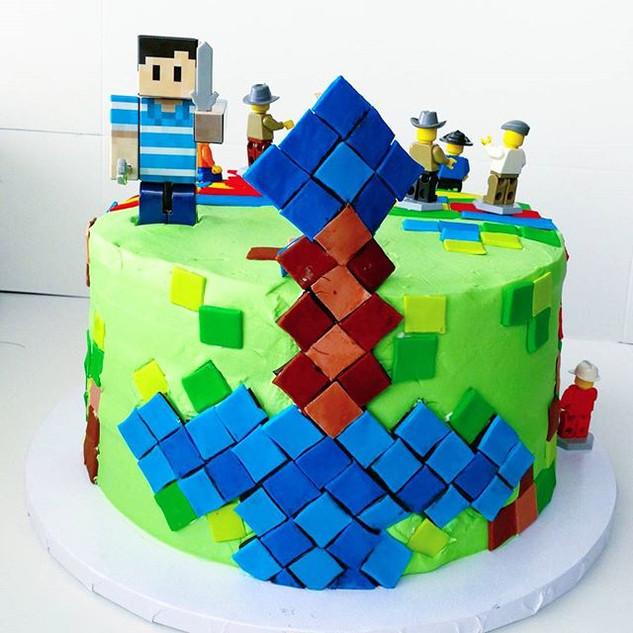 Minecraft vs.jpg