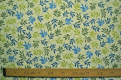 Feuilles bleues et vertes sur fond claire