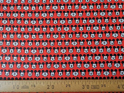 Tête de Mickey fond rouge