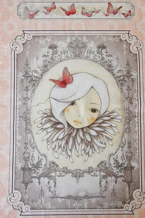 Mirabella Santoro visage et papillon fond saumon