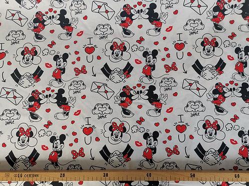 Minnie et Mickey love