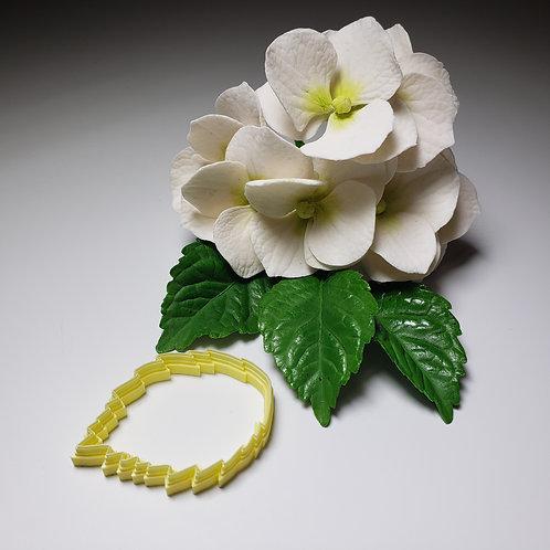 Hydrangea leaf  cutter small 502c1