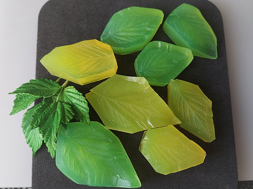 Raspberry leaves large set of four 531v, 532v, 533v, 537v