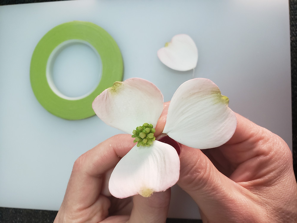 sugar flower assembling