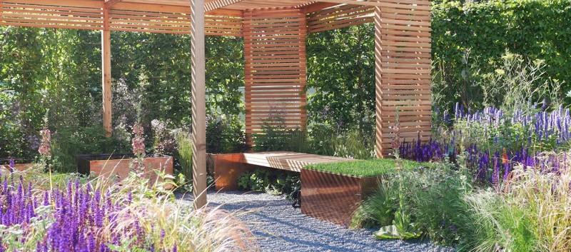 contemporary garden building design.jpg