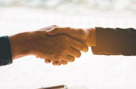 4 formas de Persuadir os Usuários e convertê-los em clientes