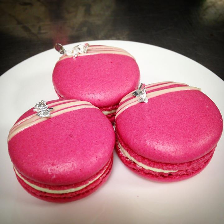 wedding macaroons