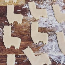 Alpaca production for wedding favour