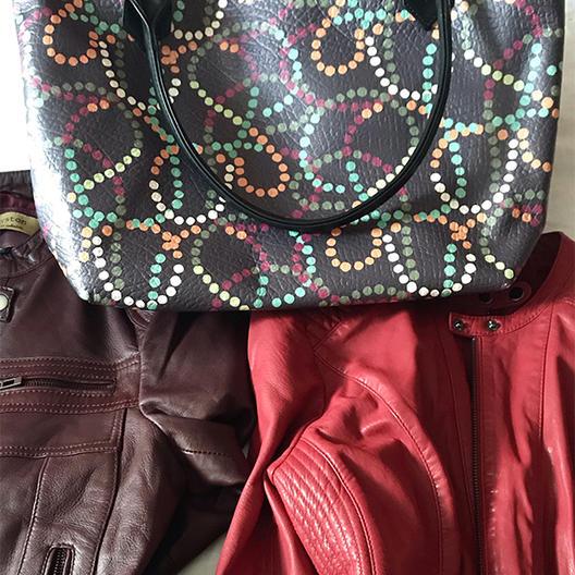 Sac cabas zippé personnalisé avec le motif Confettis fond prune.