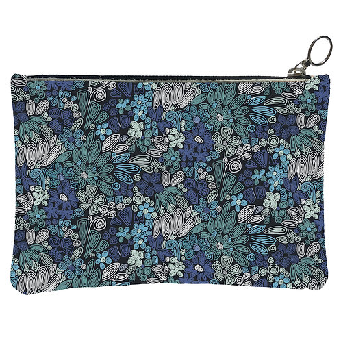 Millefiori pouch exists in 2 sizes and 3 colors from 49 euros