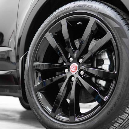 jaguar-suv-finest-reserve-paint-correcti