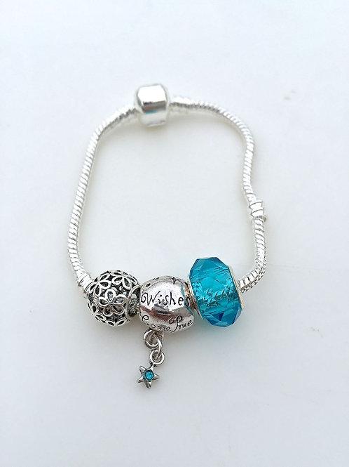 Dream Catcher  - Charm Bead Bracelet
