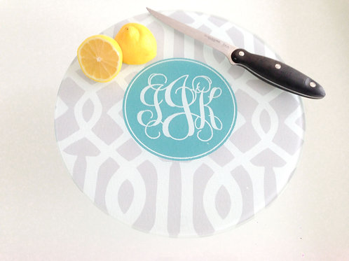 Roman Monogram - Personalized Round Cutting
