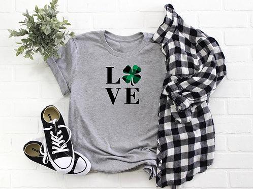Shamrock Love Buffalo Plaid - T-shirt   Tin Tree Gifts Apparel