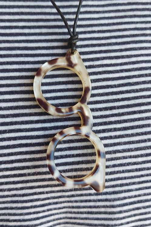 Glasses holder necklace