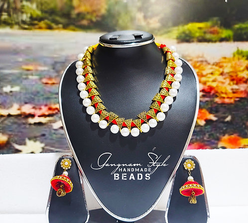 Beautiful necklace with metal locket and pearl