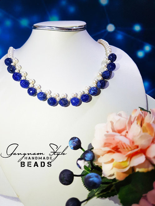 Beautiful necklace with artificial Pearl and crystal beads