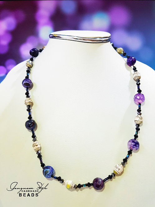 Beautiful paper made beads necklace