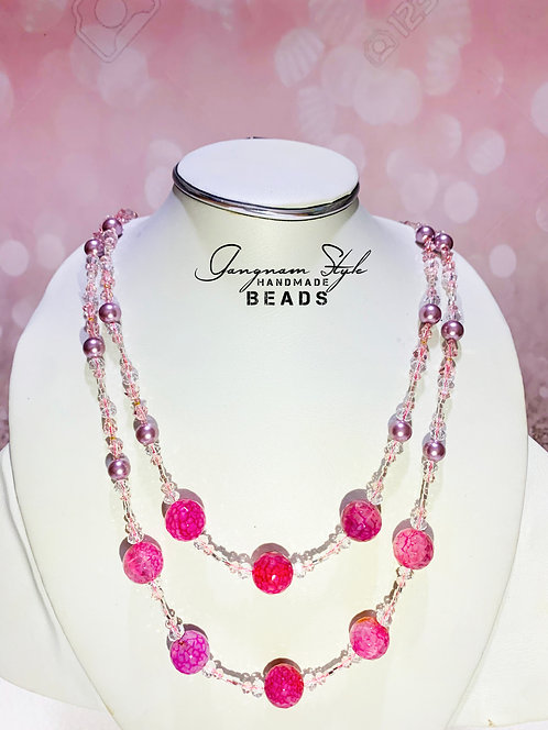 Stylish necklace with crystal beads